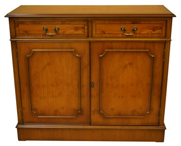 2 door georgian reproduction sideboard